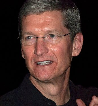 Apple CEO Tim Cook Reaffirms Commitment to American Manufacturing