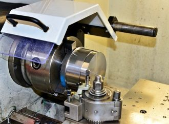 What Is a Metalworking Lathe?