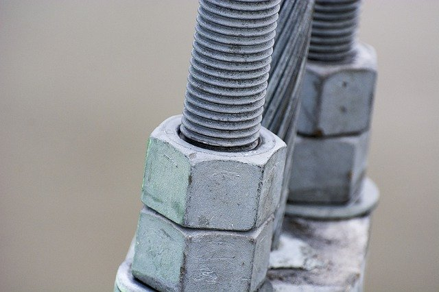 What Is Thread-Locking Fluid? - Monroe Engineering