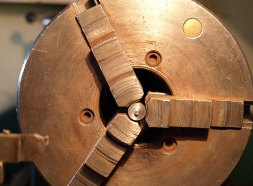 Turning vs Milling: What's the Difference?