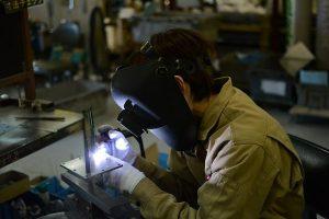 Custom production process involving metalworking
